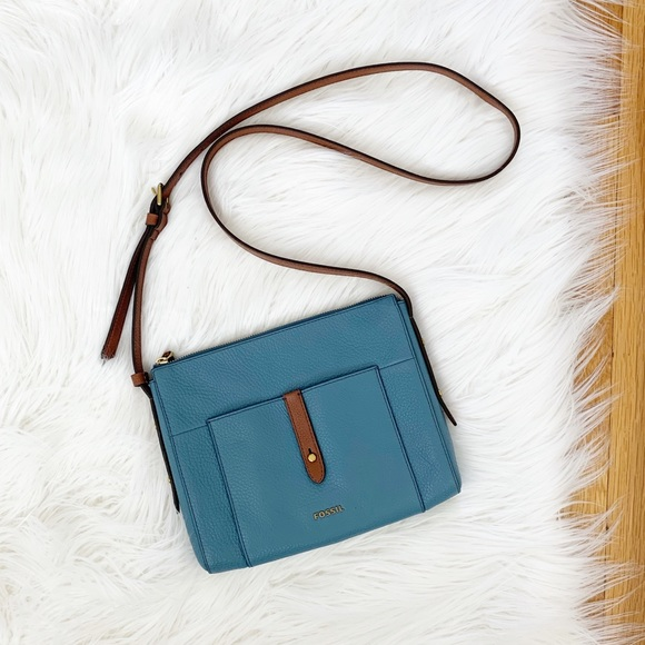 Fossil Handbags - NWOT Fossil | Pebbled Leather Crossbody Bag
